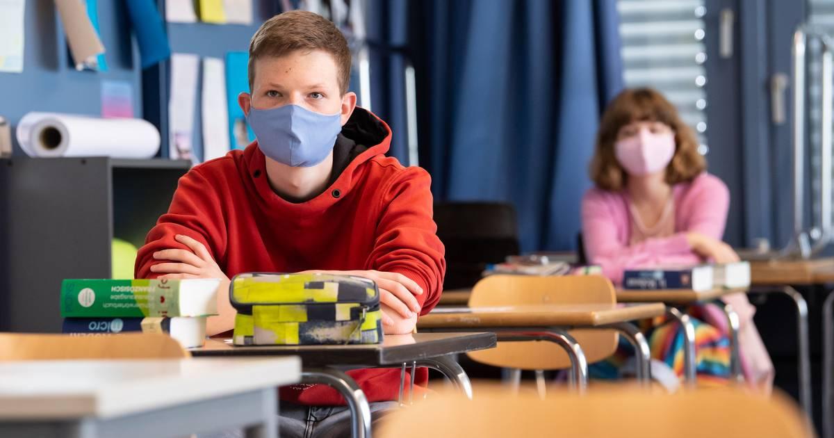 Schüler und Städtetag fordern: Hitzefrei für Schüler soll bei Maskenpflicht großzügig gehandhabt werden