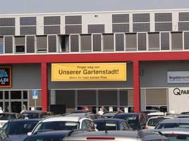 Bürgerinitiative Grevenbroich Wevelinghoven: Unbekannte stehlen großes Protest-Plakat