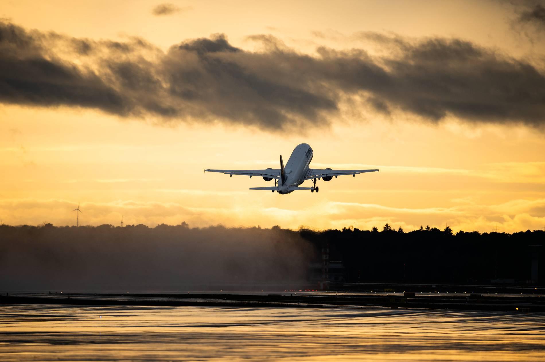 Corona: Weltweite Reisewarnung verlängert bis 14. September