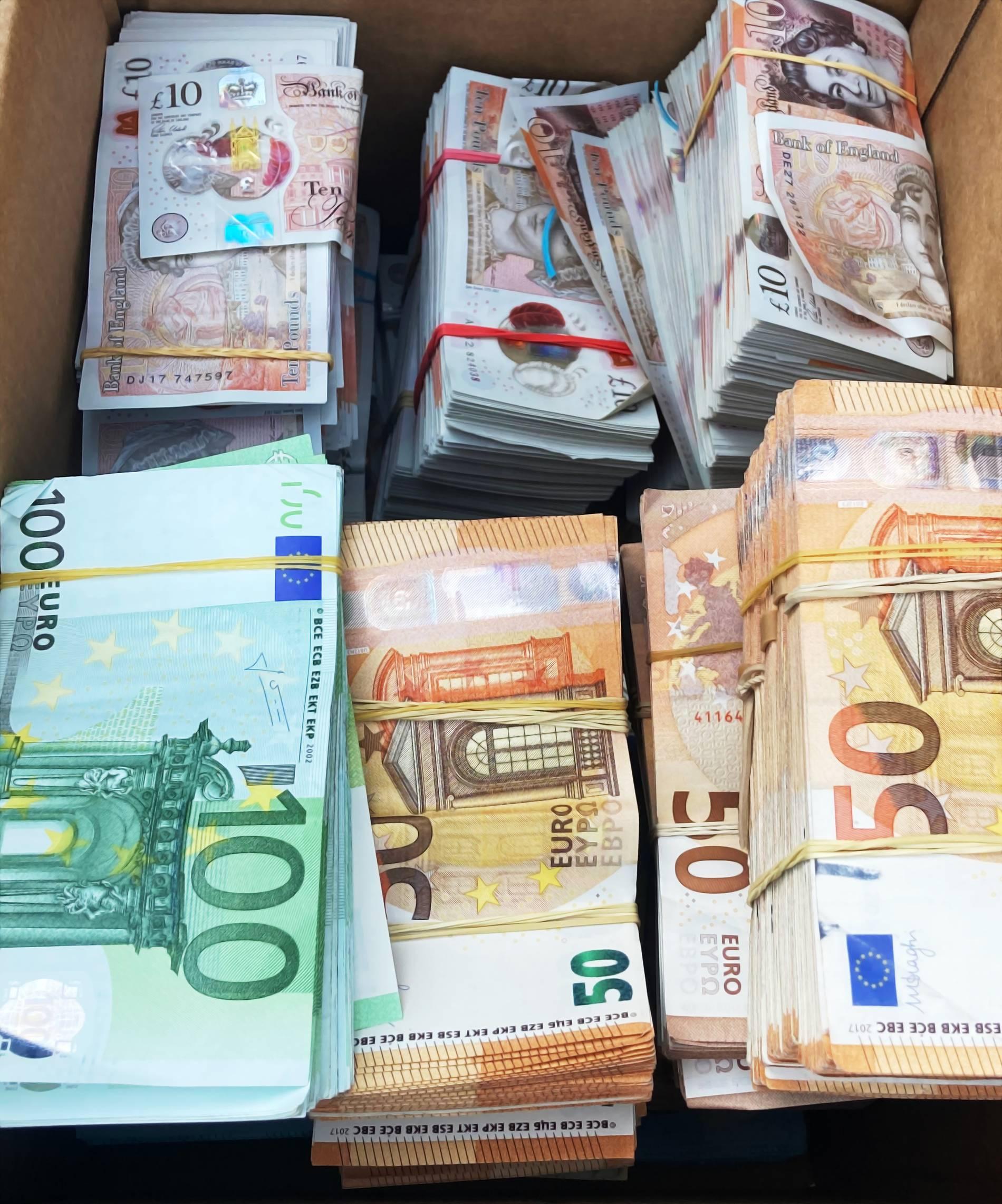 300 pfund wieviel euro