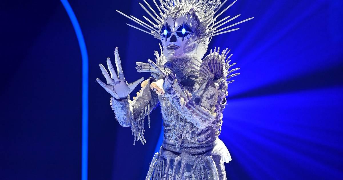 """Rateshow auf ProSieben: Sängerin im Skelettkostüm gewinnt im Finale von """"Masked Singer"""""""