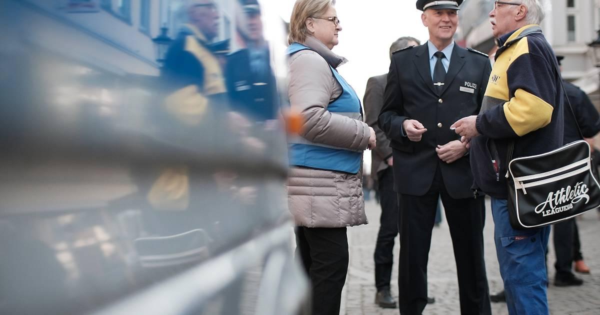 Kreispolizeibehörde Mettmann: So kann man sich gegen Trickbetrüger schützen....