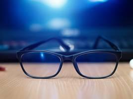 Blaulichtfilter: Was kann der blaue Filter in der Brille?