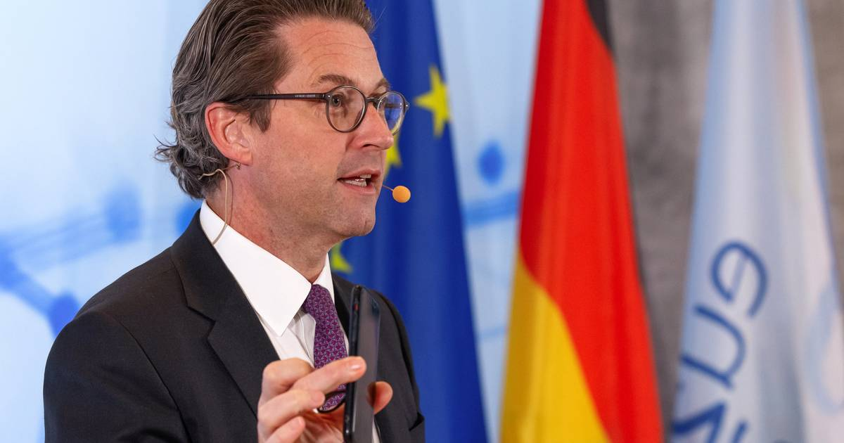 """Verkehr: Scheuer kündigt """"Digitalen Führerschein"""" für Deutschland an"""
