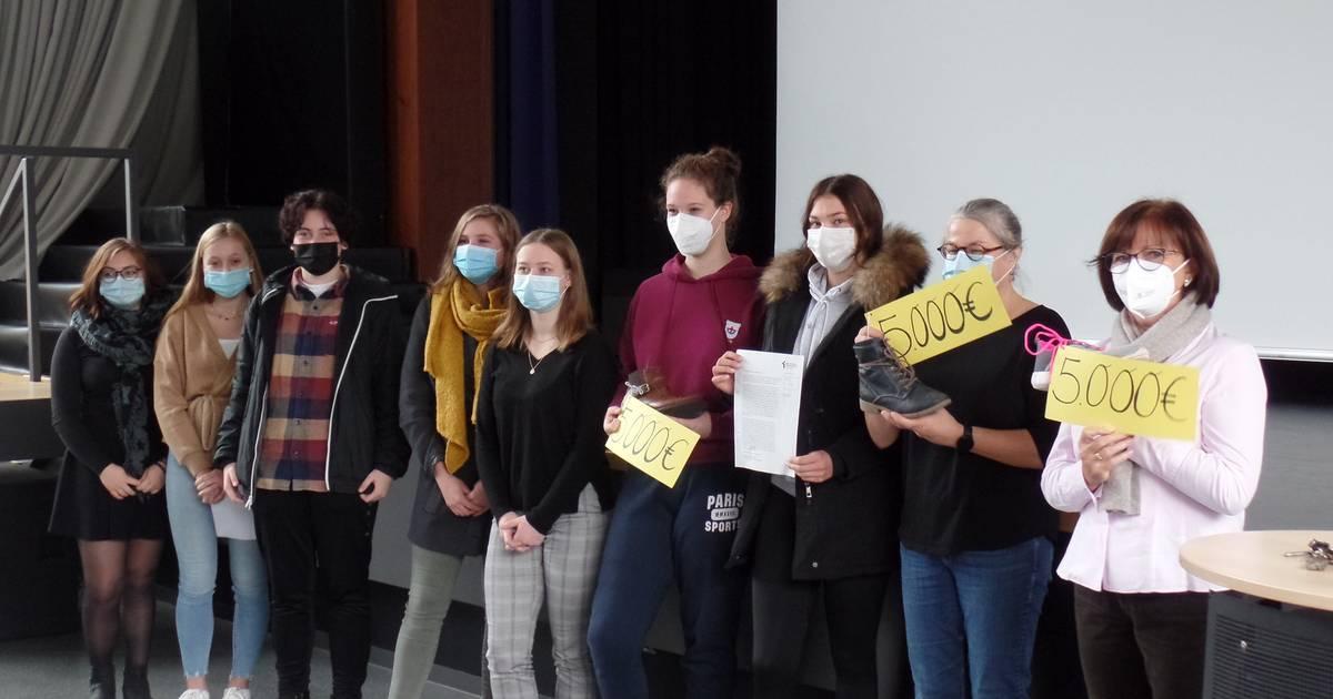 16.000 Euro gespendet: Aktion der Liebfrauenschule: Laufstark für andere