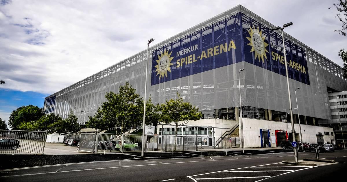 Betrieb-soll-schon-im-Dezember-starten-D-sseldorfer-Impfzentrum-ensteht-in-der-Arena