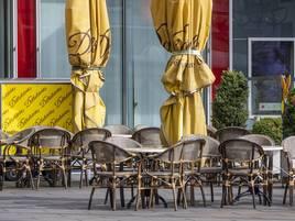 Hilfe für Gastronomen: Duisburg setzt Sondernutzungsgebühren bis Sommer 2021 aus