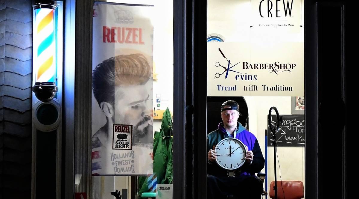 Huckeswagen Friseure Lassen Eine Nacht Das Licht In Ihren Laden An