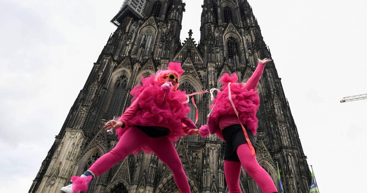Rosenmontagszug Köln 2021